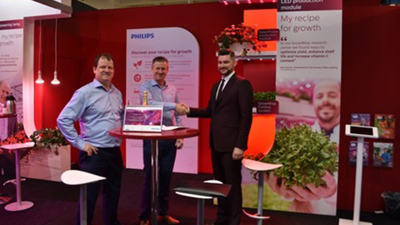 Philips signs agreement new partner in Russia - Svetogor